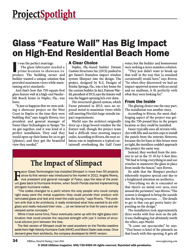 """Glass """"Feature Wall"""" Has Big Impact on High-End Residential Beach Home Article"""